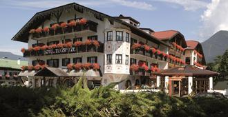 Hotel Zugspitze - Garmisch-Partenkirchen - Building