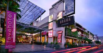 Favehotel Braga - Bandung - Building
