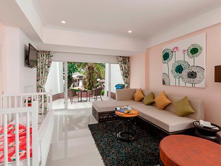 Thavorn Palm Beach Resort Phuket - Karon - Living room