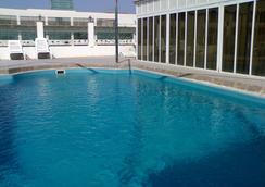 Gulf Pearl Hotel - Manama - Pool