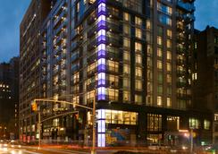 Royalton Park Avenue - New York - Building