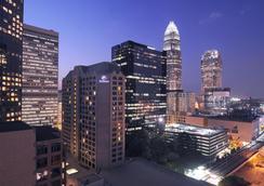 Hilton Charlotte Center City - Charlotte - Building
