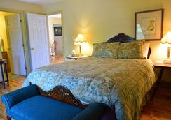 Wild Rose Inn - Moncton - Bedroom