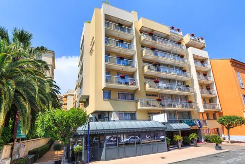 Quality Hotel Mediterranee Menton - Menton - Building