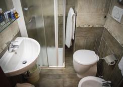 Hotel Accursio - Milan - Bathroom