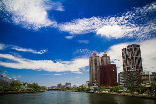 Ambassador Hotel Kaohsiung - Kaohsiung - Building