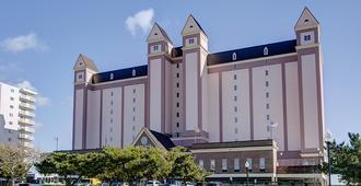 Dunes Manor Hotel and Dunes Suites - Ocean City - Building