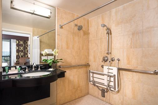 Hilton San Diego Airport/Harbor Island - San Diego - Bathroom