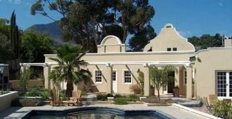 Somerset Villa Guesthouse - Somerset West - Building