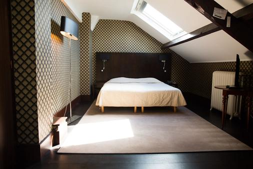 Le Grand Hotel Tours - Tours - Bedroom