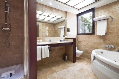 Acta Atrium Palace - Barcelona - Bathroom