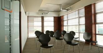 Hotel Kortowo - Poznan - Meeting room