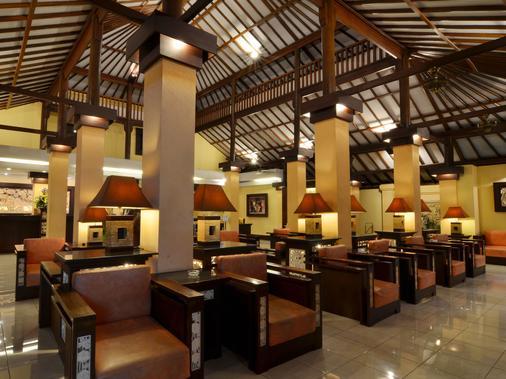 Sol House Bali Kuta - Kuta - Lobby