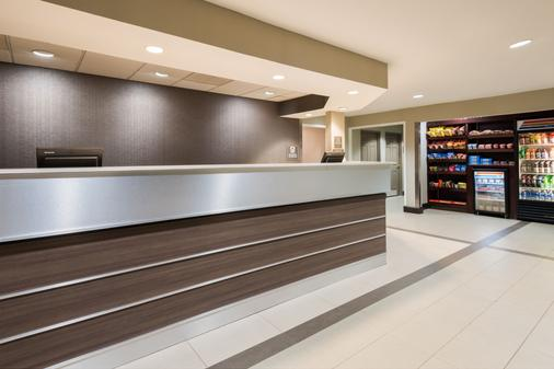 Residence Inn Tallahassee North/I-10 Capital Circle - Tallahassee - Front desk