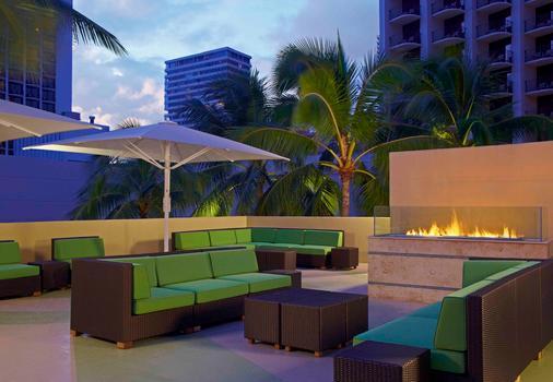 Hyatt Place Waikiki Beach - Honolulu - Patio