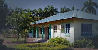 Toby's Resort - Montego Bay - Building