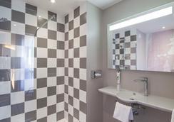 ibis Styles Poitiers Centre - Poitiers - Bathroom