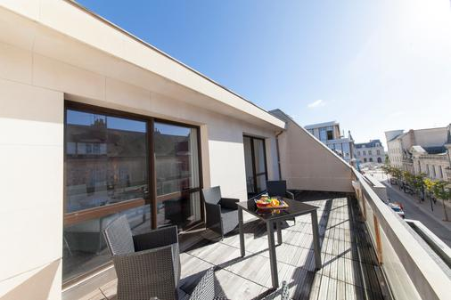 ibis Styles Poitiers Centre - Poitiers - Balcony