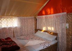 Osaiba beach resort - Panaji - Bedroom