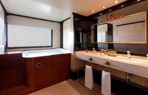 Sevilla Center - Sevilla - Bathroom