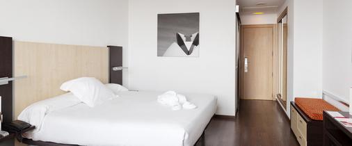 Ilunion Aqua 4 - Valencia - Bedroom