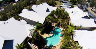 Outrigger Bay Apartments - Byron Bay - Building