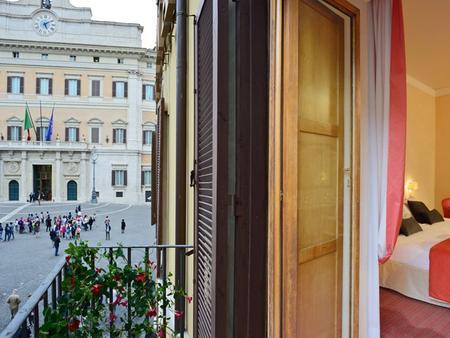 Colonna Palace Hotel - Rome - Balcony