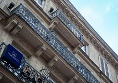 Timhotel Paris Gare du Nord - Paris - Building