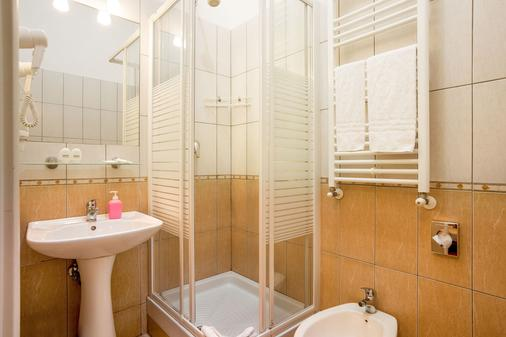 Ottaviano Guest House - Rome - Bathroom