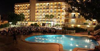 Mll Palma Bay Club Resort - El Arenal - Building