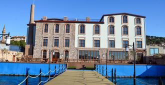 Bacacan Otel - Ayvalik - Building