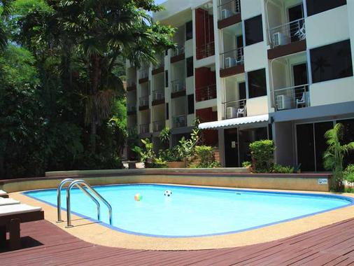 Le Tong Beach Hotel - Patong - Building