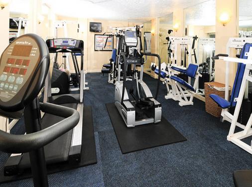 Sea Crest Oceanfront Resort - Myrtle Beach - Gym