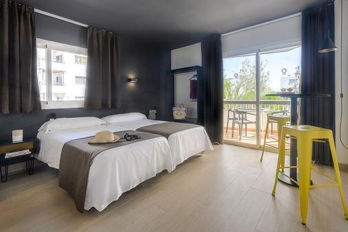 Apartamentos Playasol Jabeque Dreams - Ibiza - Bedroom