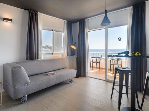 Apartamentos Playasol Jabeque Dreams - Ibiza - Living room