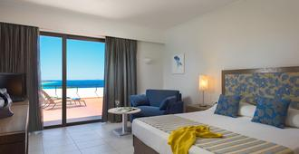 Olympic Palace Resort Hotel & Convention Center - Ialysos - Bedroom