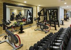 La Clef Tour Eiffel Paris - Paris - Gym