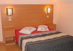 Guest House Estrela - Porto - Bedroom