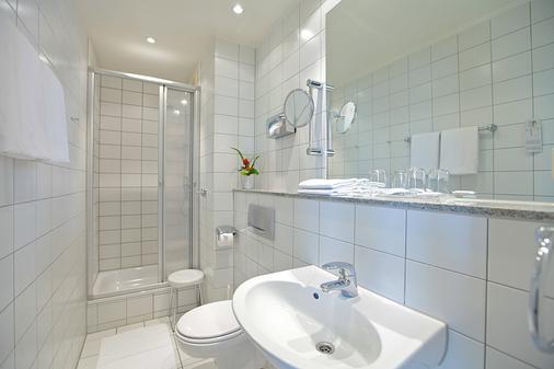 Hotel Viktoria - Cologne - Bathroom