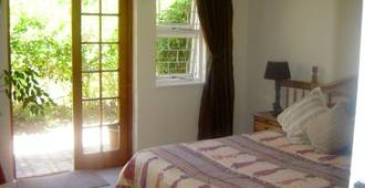 Mooring House Guest Lodge - Somerset West - Building
