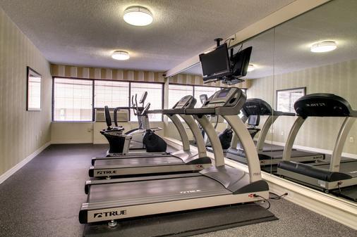 Holiday Inn Express Atlanta-Kennesaw - Kennesaw - Gym