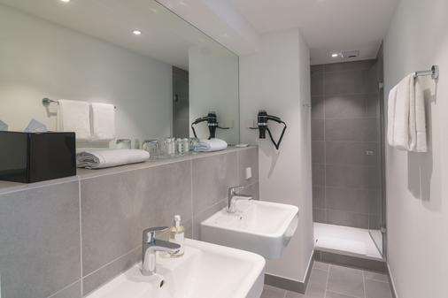 Vi Vadi Hotel Bayer 89 - Munich - Bathroom