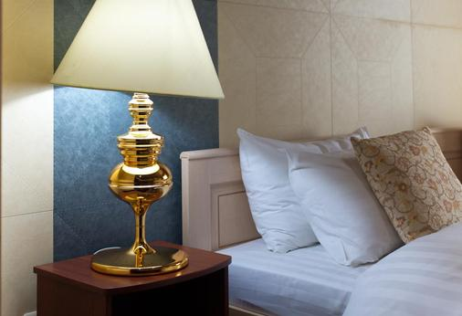 Hotel Mandarin Moscow - Moscow - Room amenity