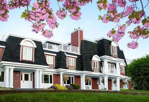 Inn on the Lake, an Ascend Hotel Collection Member - Halifax - Building