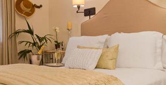 The Bed & Breakfast Inn at La Jolla - La Jolla - Bedroom
