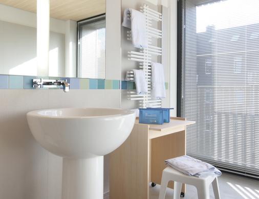 Hotel Niedersachsen - Sylt - Bathroom