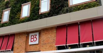 Hotel B3 Virrey - Bogotá - Building