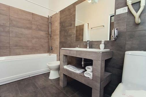 Shadow Boutique Hotel & Spa - Chisinau - Bathroom