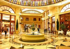 Paris Las Vegas Resort & Casino - Las Vegas - Lobby