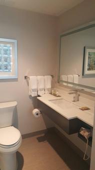 Hilton Garden Inn Financial Center/Manhattan Downtown, NY - New York - Bathroom